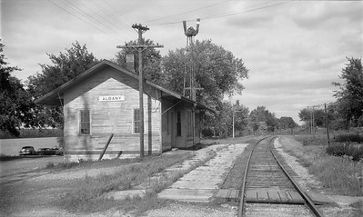2009.026.15.8716--ritzman 116 negative--CMStP&P--depot--Albany IL--1958 0831. Looking northeast.
