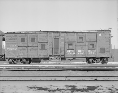 2009.026.17.11495--ritzman 4x5 neg--C&NW--work kitchen car (boxcar) X258030--DeKalb IL--1960 0214