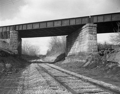 2009.026.19.11635--ritzman 4x5 negative--C&NW MILW--view--Almora IL--1964 0202. Looking northwest along C&NW under Milwaukee Road main.