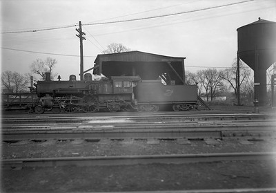 2009.026.01.12672--ritzman 5x7 negative--C&NW--steam locomotive 4-4-2 D 126--Freeport IL--1946 0129