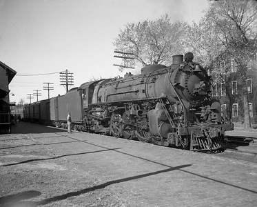 2009.026.03.12572--ritzman 4x5 negative--CStPM&O--steam locomotive 4-6-2 E-3 601 on passenger train--Elroy WI--1955 1008