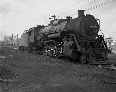 2009.026.01.14321--ritzman 4x5 negative--ICRR--steam locomotive 2-8-2 2130--Freeport IL--1950 0414