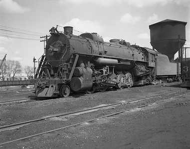 2009.026.01.14325--ritzman 4x5 negative--ICRR--steam locomotive 2-10-2 2814--Freeport IL--1950 0414