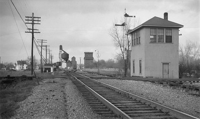 2009.026.15.14487--ritzman 116 negative--WAB--interlocking tower--Manhattan IL--1952 0315