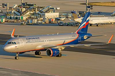 Aeroflot Airbus A320-214 VP-BFA 10-21-18