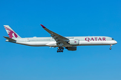 Qatar Airways Airbus A350-1041 A7-ANC 10-21-18 2