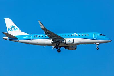 KLM Cityhopper Embraer ERJ-170-200 PH-EXG 10-21-18