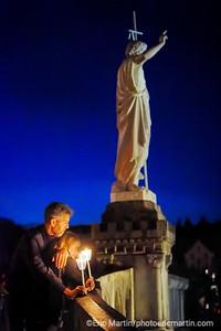 LOURDES. Reportage réalisé pendant le Pèlerinage National du 13 au 19 août 2019. Sanctuaire Notre-Dame de Lourdes. Procession aux flambeaux.