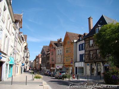 Place Jean Jaures