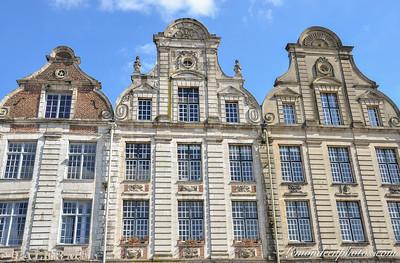 Arras - Grand'Place (cotÈ est)