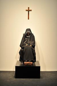 Guillaume Bijl - The Nun of Bruges, 2002