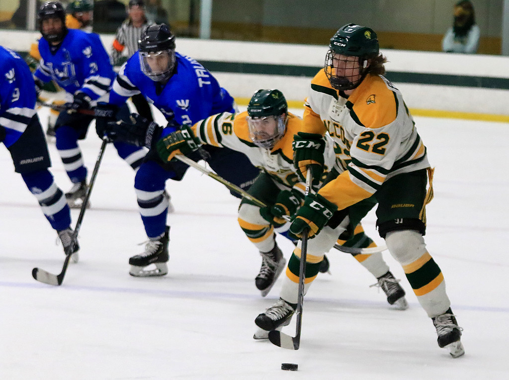 . Fitchburg State University men\'s hockey played Westfield State University on Saturday, February 16, 2019 at FSU\'s Wallace Civic Center. FSU\'s Kevin Perry takes control of the puck during the first period. Fitchburg State won the game, 5-3. SENTINEL & ENTERPRISE/JOHN LOVE