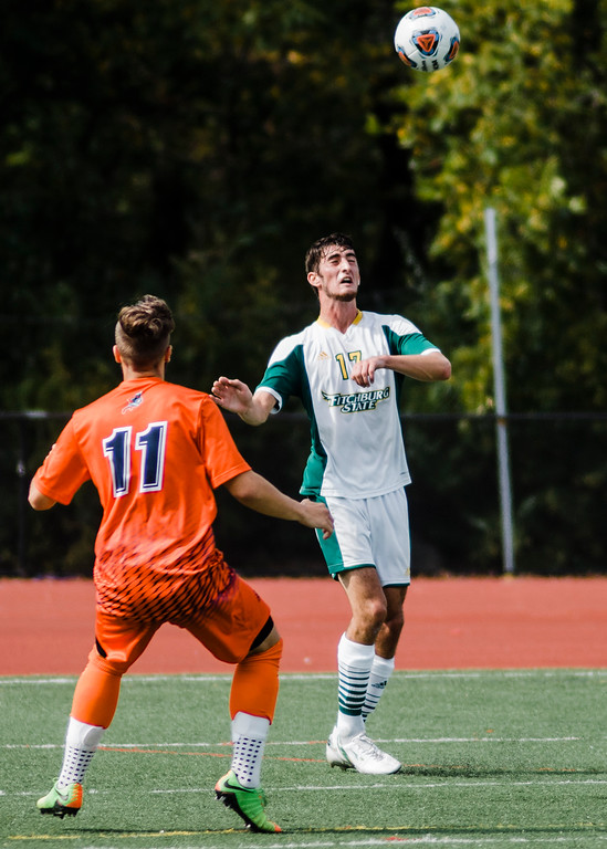 . Fitchburg State\'s Thomas Mahlert in action during the game against Salem State on Saturday, October 7, 2017. SENTINEL & ENTERPRISE / Ashley Green