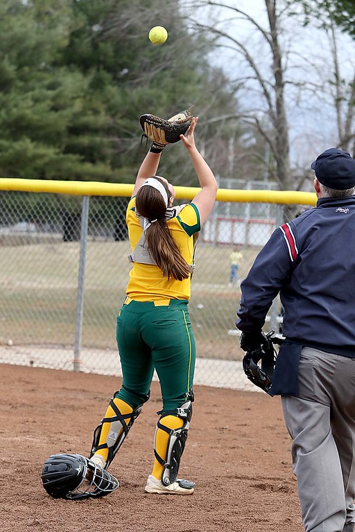 . Fitchburg State University softball played Massachusetts Maritime in a double header on Friday afternoon in Fitchburg. FSU catcher Melissa DiPhilippo make a nice catch behind the plate after a pop up during action in the second game of the double header. SENTINEL & ENTERPRISE/JOHN LOVE