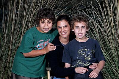 G2  Tolken Family (3)