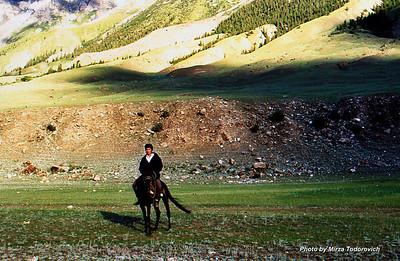 Kyrgyz boy on the horse.  - Mladi Kirgiz na konju.