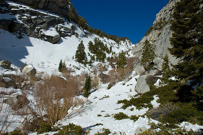 Entering North Fork Lone Pine Creek drainage. Still a lot of snow.