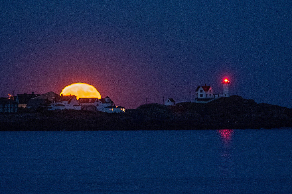 Super Moon Appears at Nubble Light