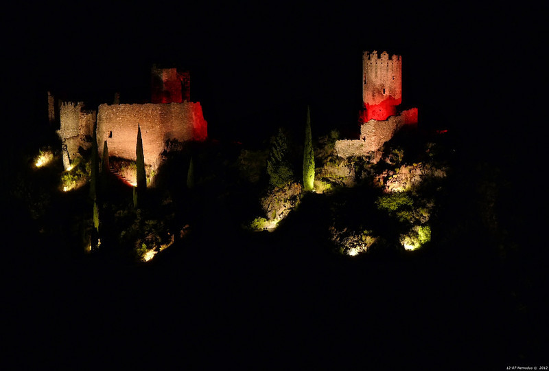 FZ50 - Lastours, Cathar Castle by Night (Sound and light)<br /> f/5.6 - 6s - 164 mm - 100 iso