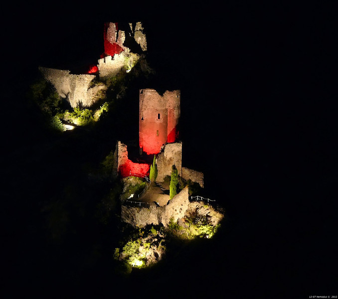 FZ50 - Lastours, Cathar Castle by Night (Sound and light)<br /> f/4.5 - 6s - 146 mm - 100 iso