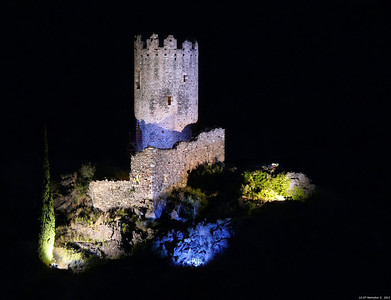FZ50 - Lastours, Cathar Castle by Night (Sound and light) f/4.5 - 6s - 317 mm - 100 iso