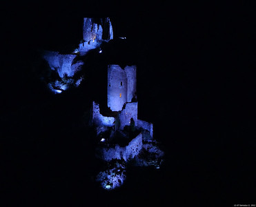 FZ50 - Lastours, Cathar Castle by Night (Sound and light) f/4.5 - 8s - 136 mm - 100 iso