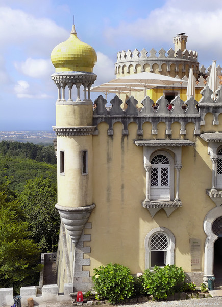 Sintra<br /> - F6.3 - 1/320 - 54mm - 100 ISO