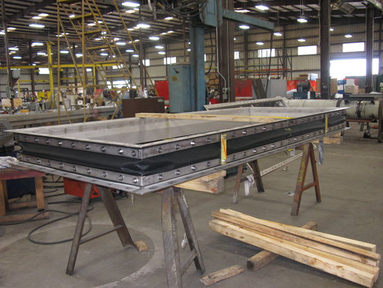 Rectangular fabric expansion joint during fabrication