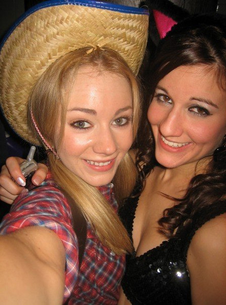 """""""aww me and rach! ♥her"""""""