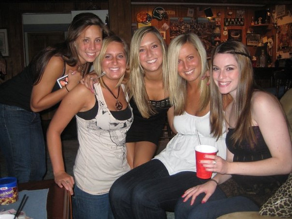 """""""aww girlsss""""<br /> In this photo: Julianna Jeffers, Jayme Richards, Melissa Moritz, Nicole Duffy and Amber Staska<br /> <br /> Photo taken by Casey, of course."""