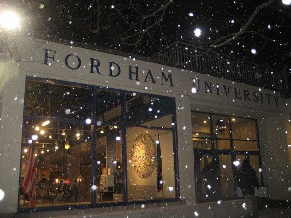 """<a href=""""http://caseyfeldman.smugmug.com/Facebook-Albums-2006-to-2009/2007-Facebook/NY/i-p86s9VV""""> Album: NY &amp; Fordham Jan &amp; Feb 07&gt;</a>"""