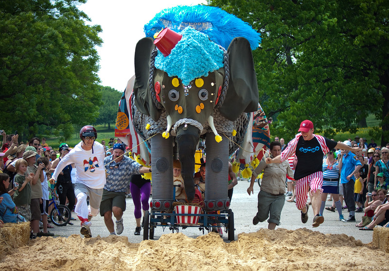 Bumpo the Elephant at the AVAM Kinetic Sculpture Race