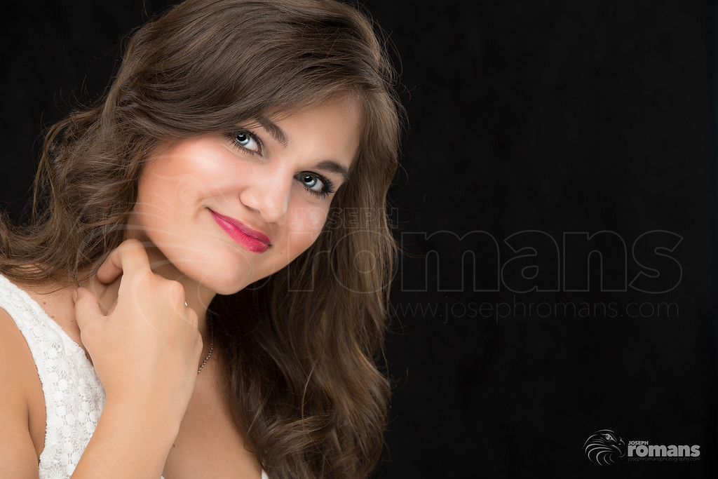 Hannah Presley In studio0446-Edit-2