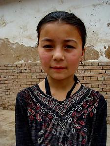 Uyghur schoolgirl Kashgar DSC01701