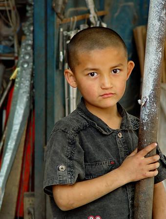 Kashgar schoolboy DSC01674