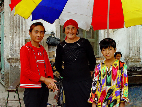 Uyghur mother and daughters, Kashgar