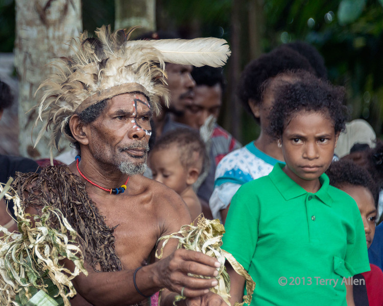 Older warrior and young girl, Dobu Island, D'Entrecasteaux Islands, PNG