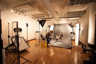 17F 305 Photography Lighting Studio 03