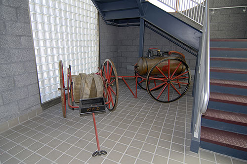 Another view of antique apparatus