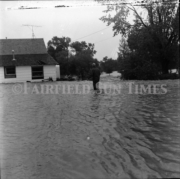 FF Sun Times 1975 Augusta and Sun RIver Flooding_20151112_0027