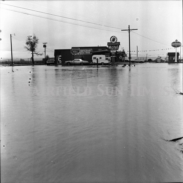 FF Sun Times 1975 Augusta and Sun RIver Flooding_20151112_0035
