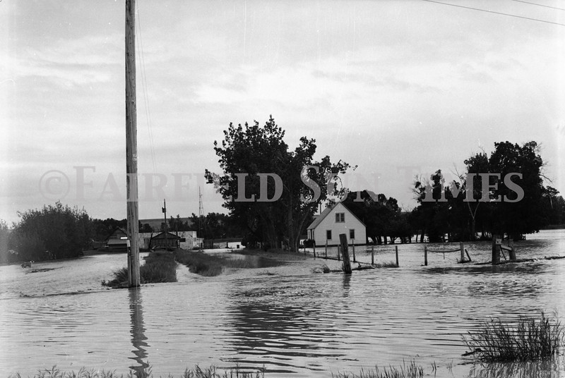 FF Sun Times Flood Spring 1975_20151112_0021