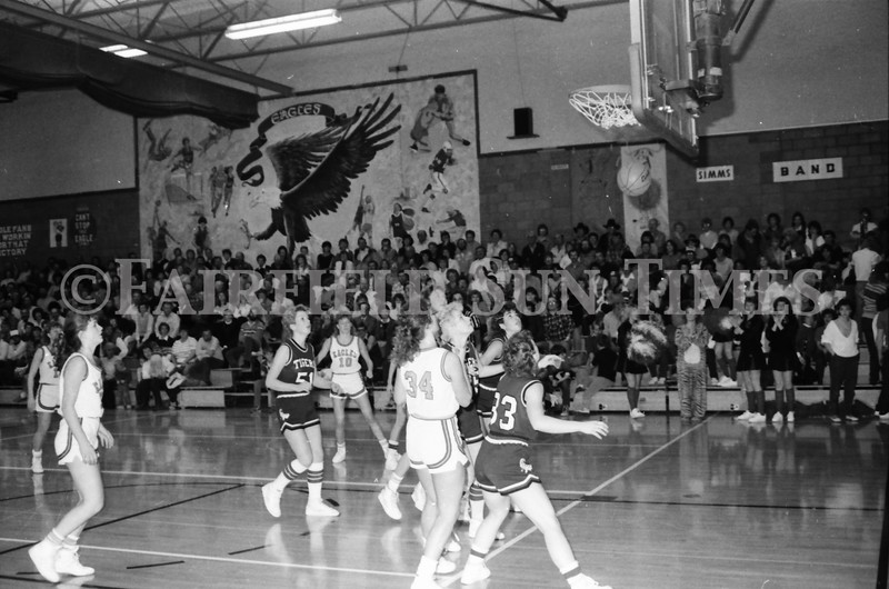 1985 11 14 FF Sun Times Dist 6 Girls BB tourney Eages v Chesgter, Choteau, Simms_20160820_0156
