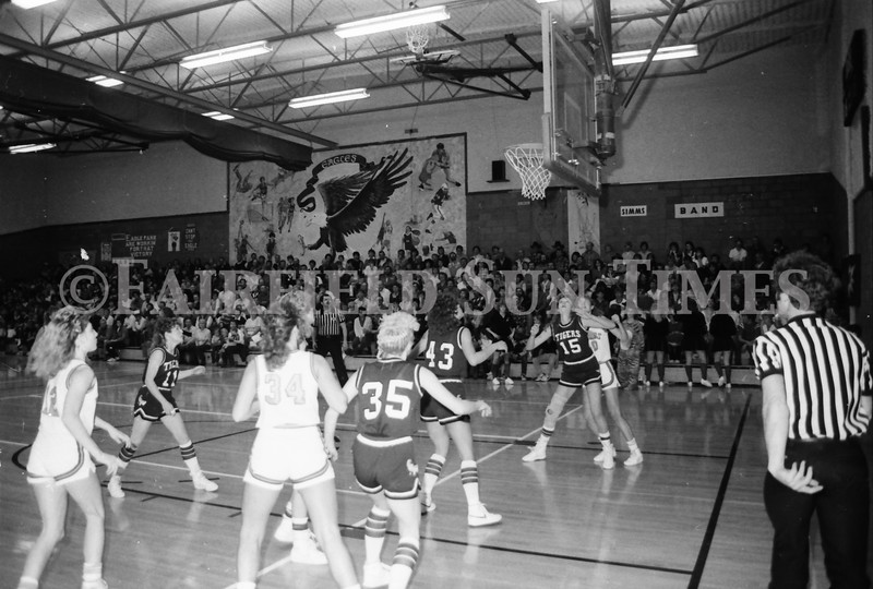 1985 11 14 FF Sun Times Dist 6 Girls BB tourney Eages v Chesgter, Choteau, Simms_20160820_0191