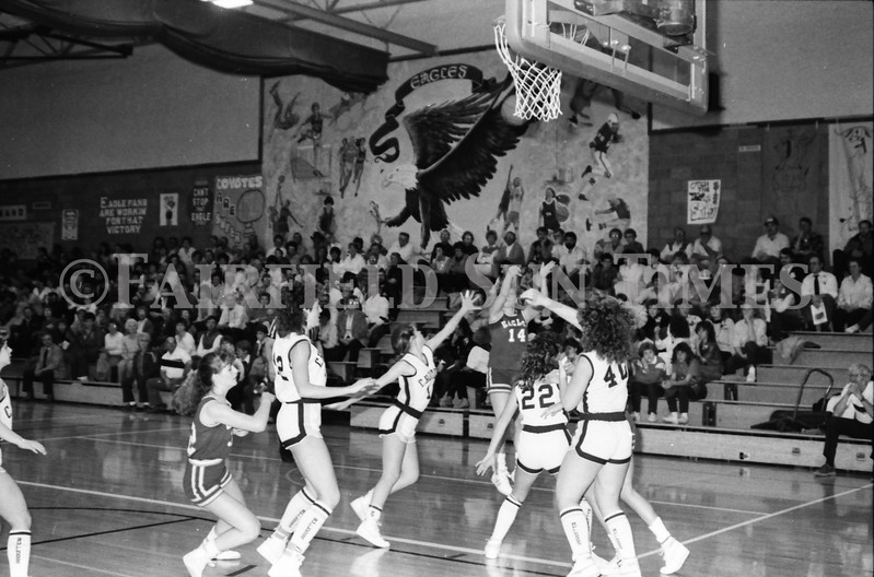 1985 11 14 FF Sun Times Dist 6 Girls BB tourney Eages v Chesgter, Choteau, Simms_20160820_0196