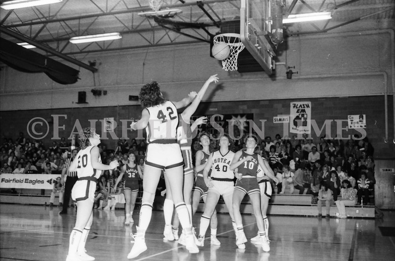 1985 11 14 FF Sun Times Dist 6 Girls BB tourney Eages v Chesgter, Choteau, Simms_20160820_0177