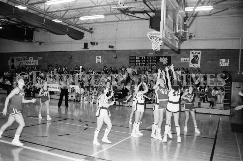 1985 11 14 FF Sun Times Dist 6 Girls BB tourney Eages v Chesgter, Choteau, Simms_20160820_0178