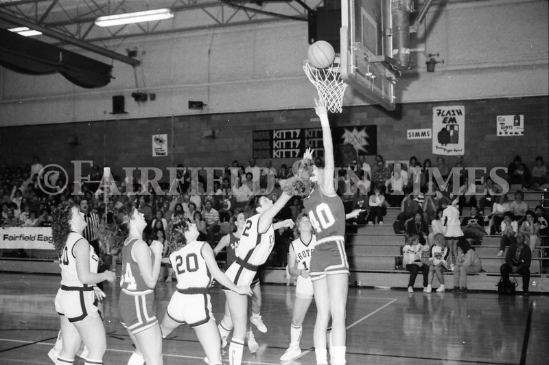 1985 11 14 FF Sun Times Dist 6 Girls BB tourney Eages v Chesgter, Choteau, Simms_20160820_0158