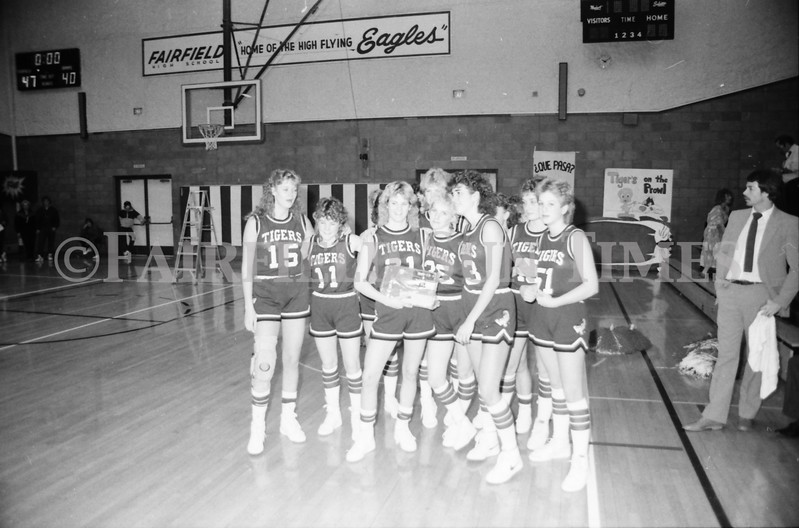 1985 11 14 FF Sun Times Dist 6 Girls BB tourney Eages v Chesgter, Choteau, Simms_20160820_0163