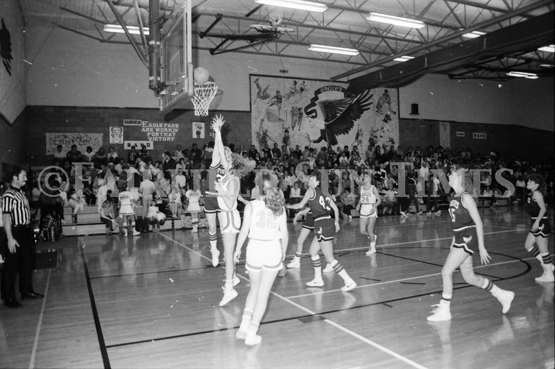 1985 11 14 FF Sun Times Dist 6 Girls BB tourney Eages v Chesgter, Choteau, Simms_20160820_0187